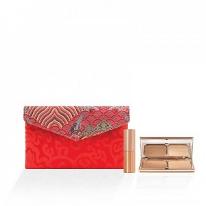 The Majestic Embroidery Silk Satin Envelope Clutch